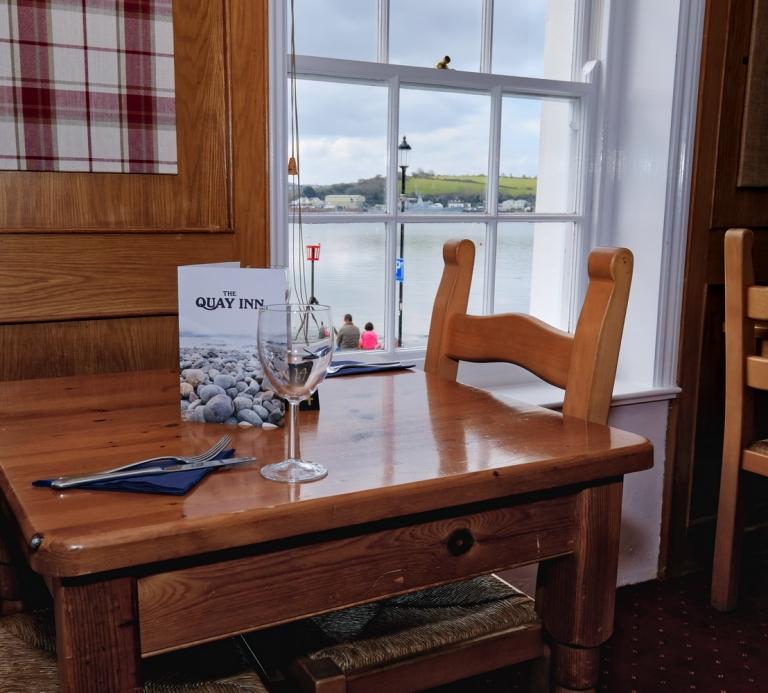 The-Quay-Inn-Instow-restaurant-03