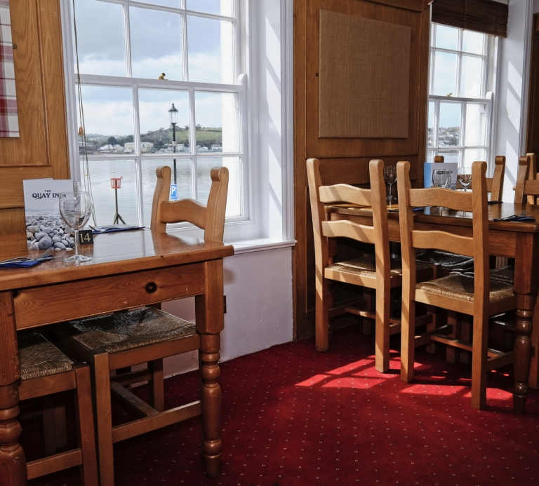 The-Quay-Inn-Instow-restaurant-04