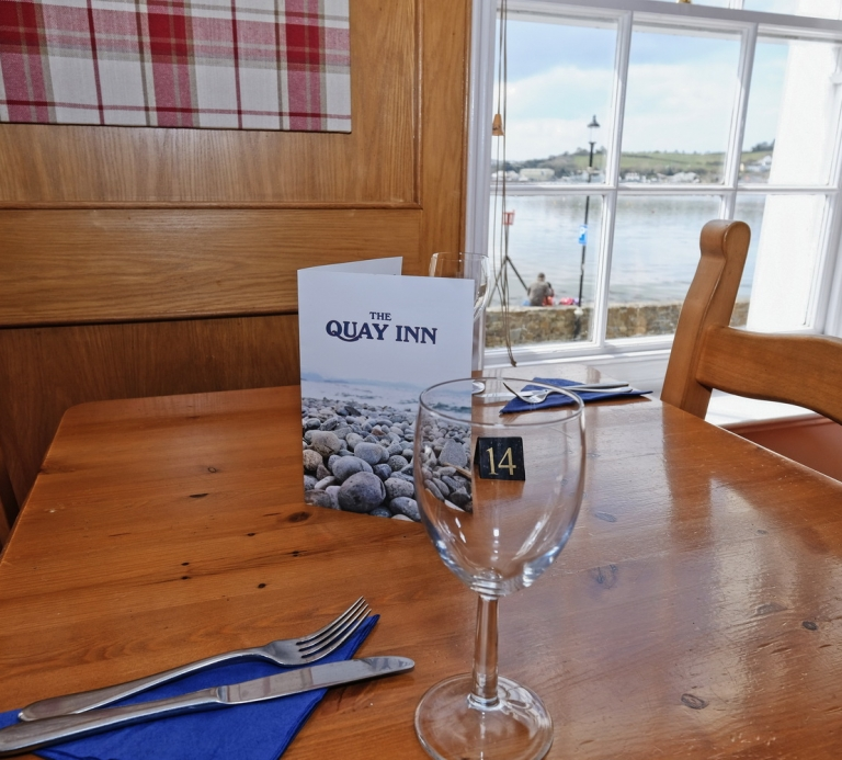 The-Quay-Inn-Instow-restaurant-05